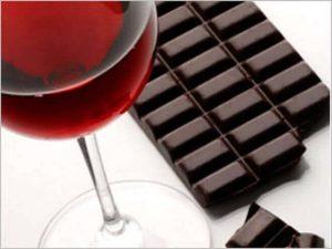 Dieta Sirtfood: afinal, tomar vinho emagrece?