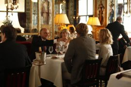 Restaurantes parisienses imortalizados pelo cinema
