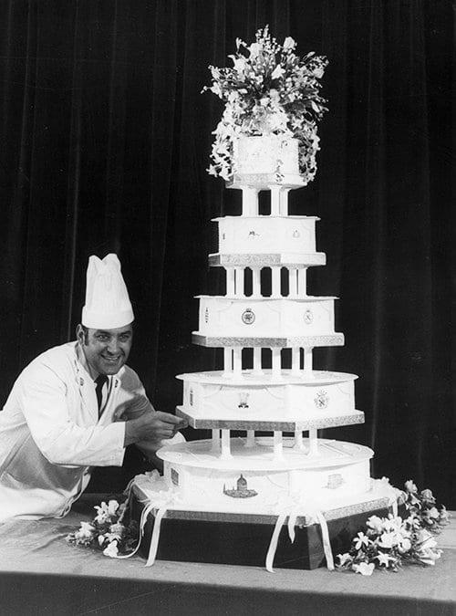 O bolo de casamento de Charles e Diana: fatias de fruitcake que duram décadas